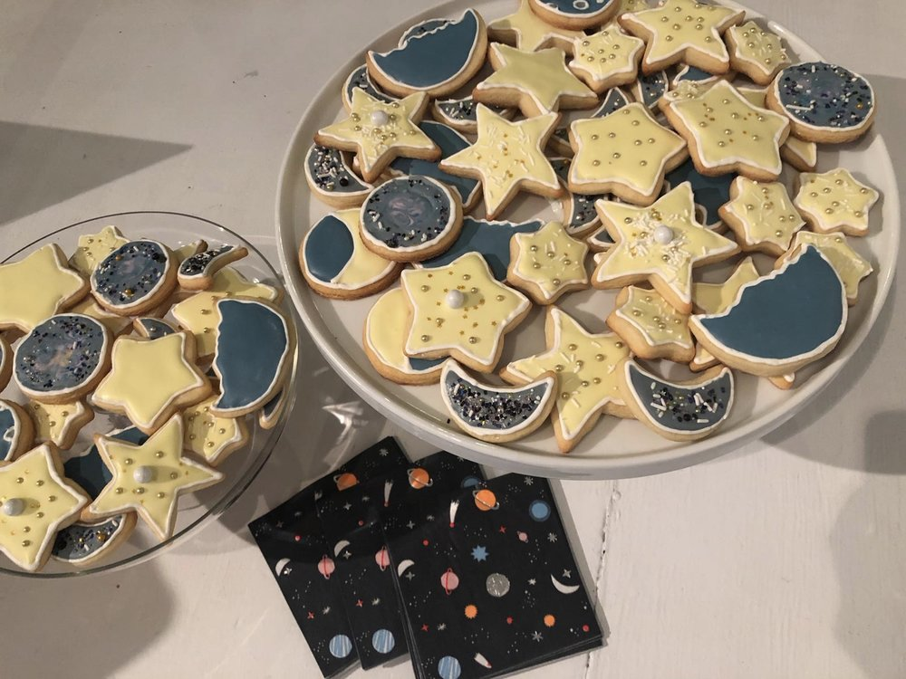 All different space themed treats!