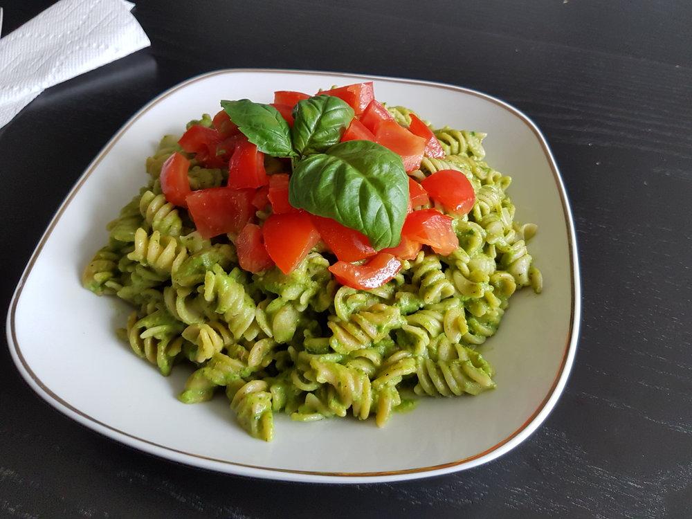 A plate of Vegan Avocado Pesto Pasta.