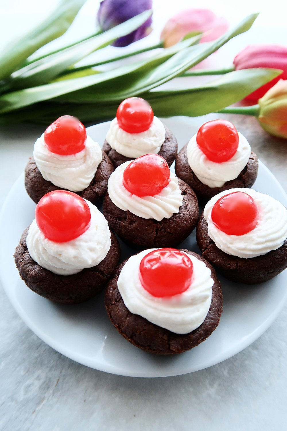 A plate of Black Forest Cookie Cups.
