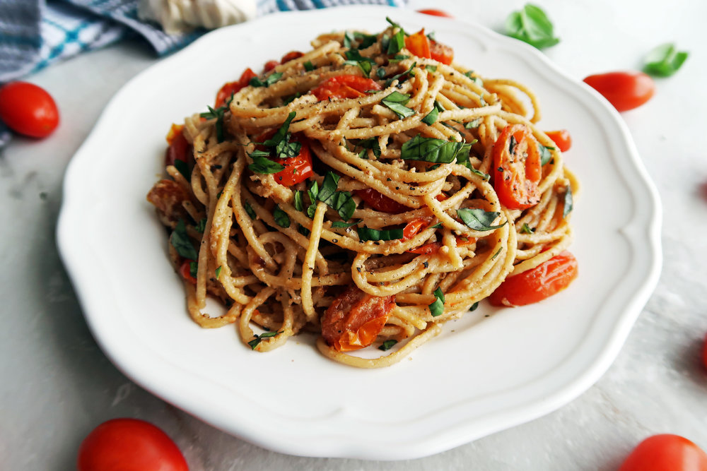 Black Pepper & Parmesan Spaghetti with Garlic Roasted Tomatoes: A quick and easy vegetarian pasta dish. www.yayforfood.com