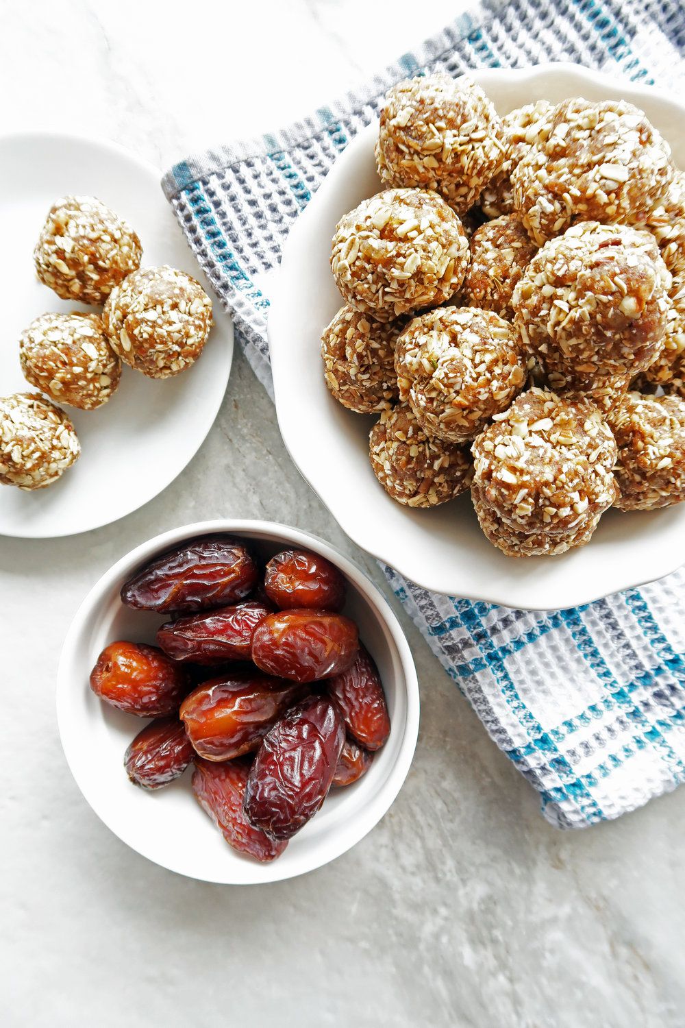 No Bake Chai Spiced Date Energy Balls: A simple, easy, vegan snack or dessert. www.yayforfood.com