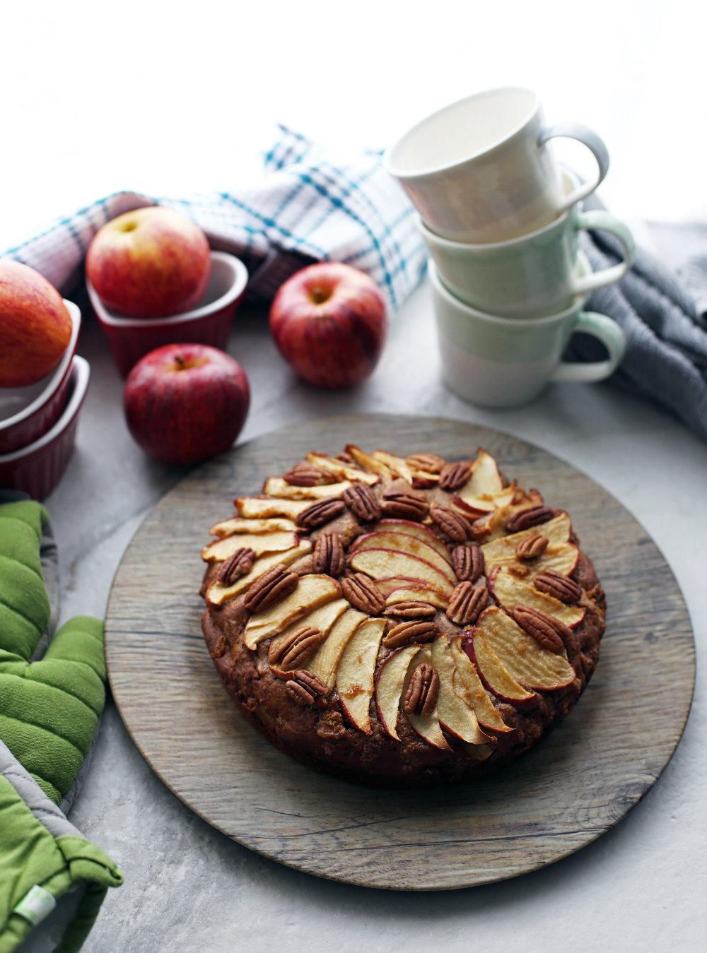 apple_pecan_cake(v2).jpg