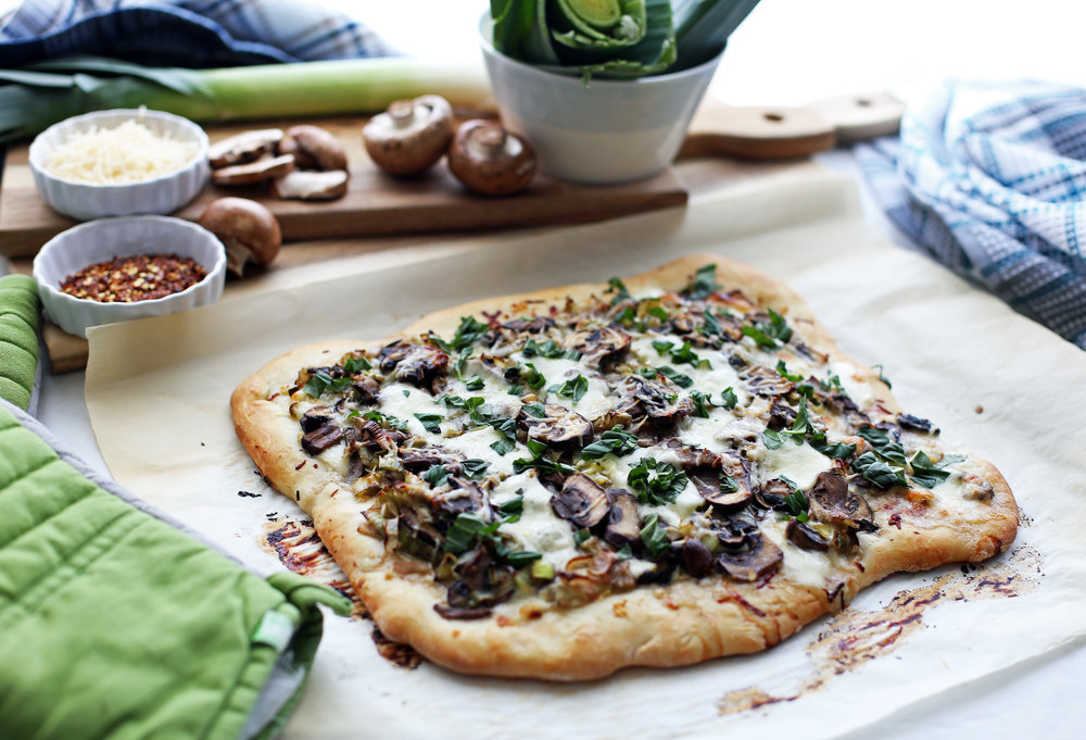 mushroom_leek_pizza(h1).jpg