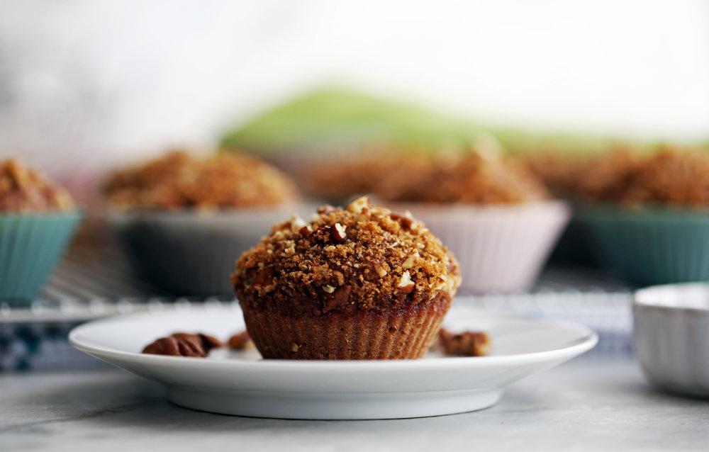 cinnamon_pecan_applesauce_muffins(h2).jpg