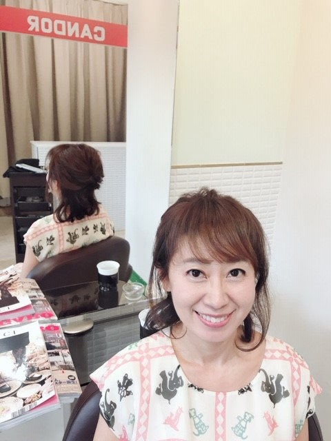 前髪作った方が若く見えますよ!。と。騙されてないはず!!!(笑)