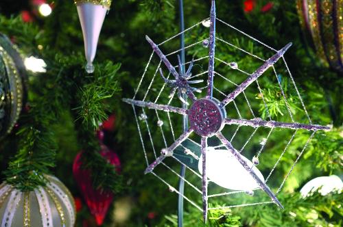 EPL craft_Spider-xmas tree-UKR.jpg
