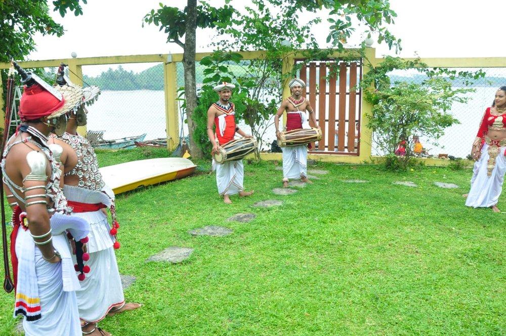 folclore in beach villa lanka 2.jpg