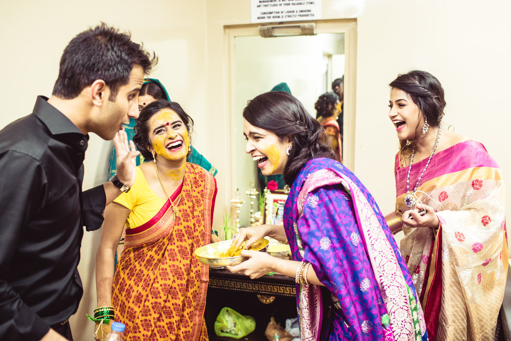 Lingayath-Candid-Wedding-Photography-Bangalore-0053.jpg