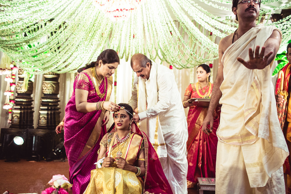 Lingayath-Candid-Wedding-Photography-Bangalore-0065.jpg