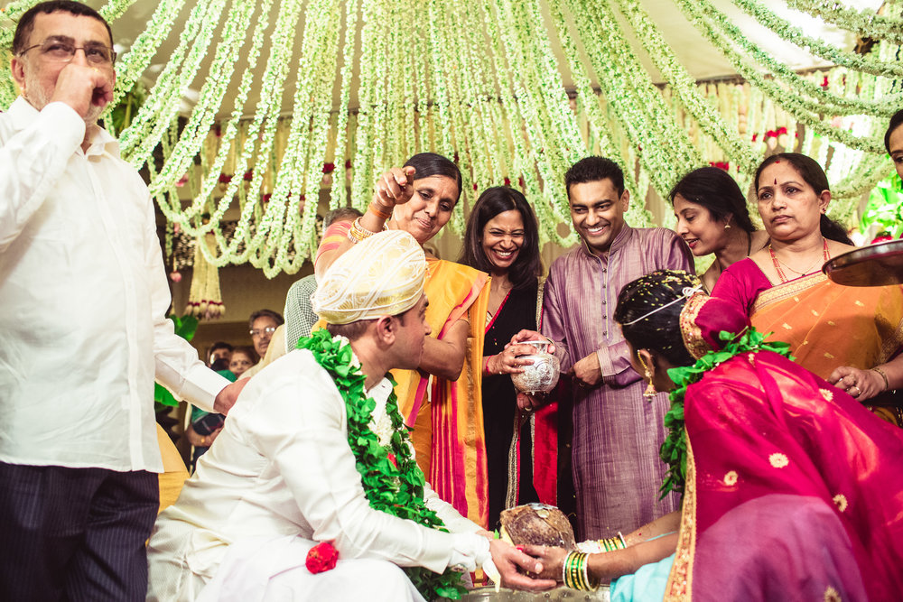 Lingayath-Candid-Wedding-Photography-Bangalore-0087.jpg