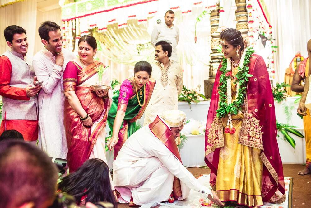 Lingayath-Candid-Wedding-Photography-Bangalore-0097.jpg