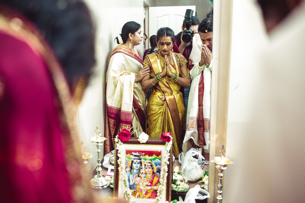 Lingayath-Candid-Wedding-Photography-Bangalore-0102.jpg