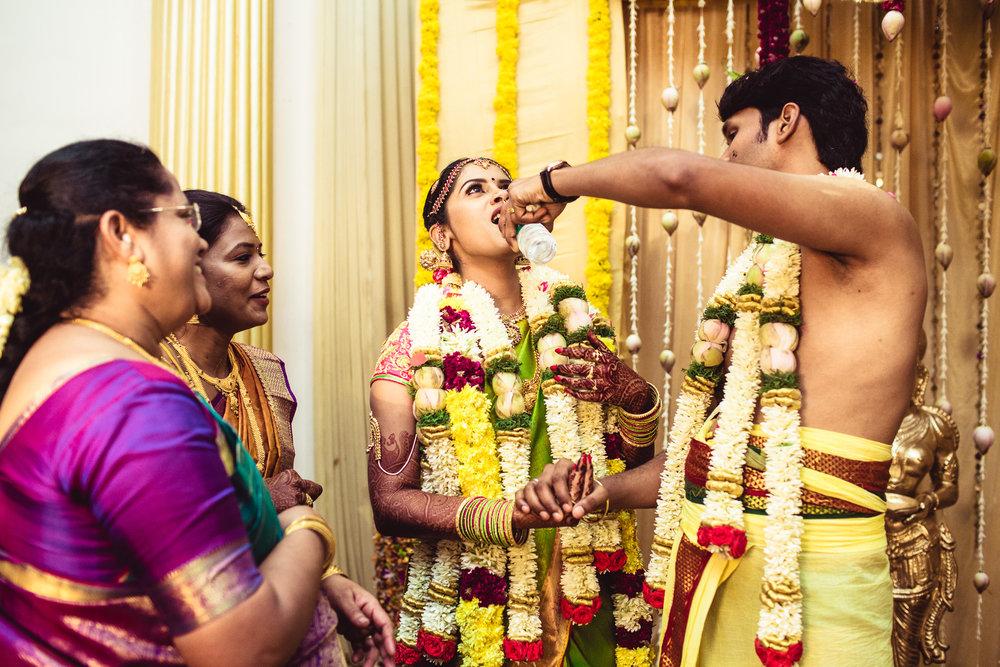 Candid-Photography-Tamil-Brahmin-Wedding-Chennai-0030.jpg