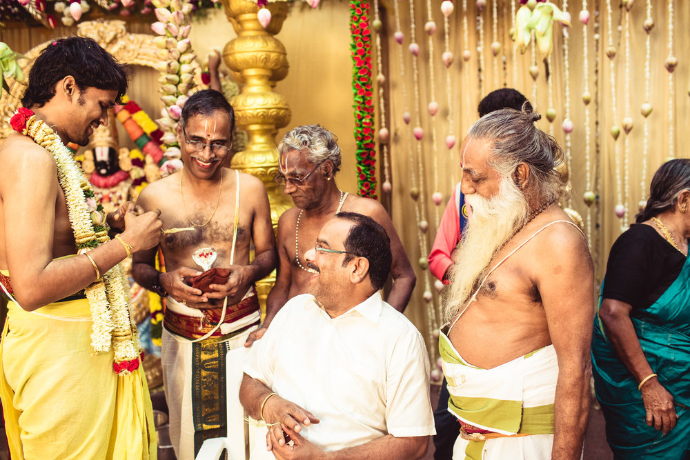 Candid-Photography-Tamil-Brahmin-Wedding-Chennai-0047.jpg