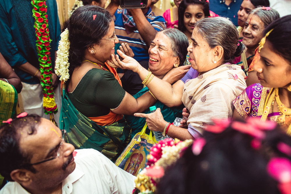 Candid-Photography-Tamil-Brahmin-Wedding-Chennai-0057.jpg