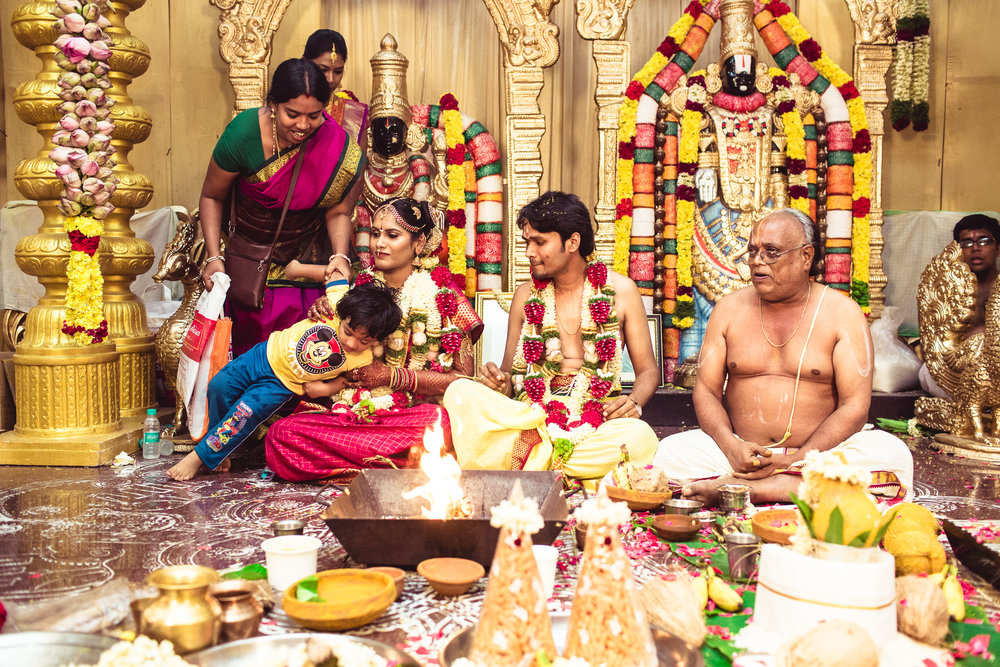 Candid-Photography-Tamil-Brahmin-Wedding-Chennai-0066.jpg