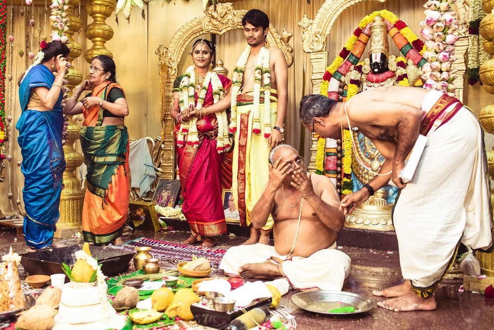 Candid-Photography-Tamil-Brahmin-Wedding-Chennai-0080.jpg
