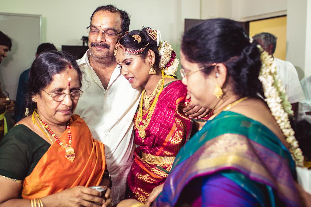 Candid-Photography-Tamil-Brahmin-Wedding-Chennai-0091.jpg