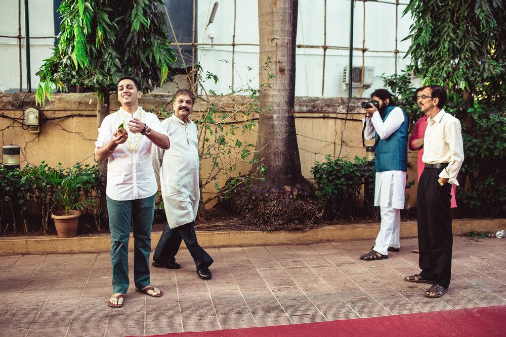 candid-photographer-gsb-wedding-mumbai-0040.jpg