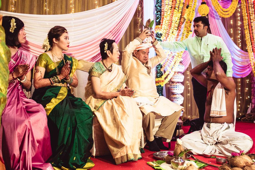 candid-photographer-gsb-wedding-mumbai-0052.jpg