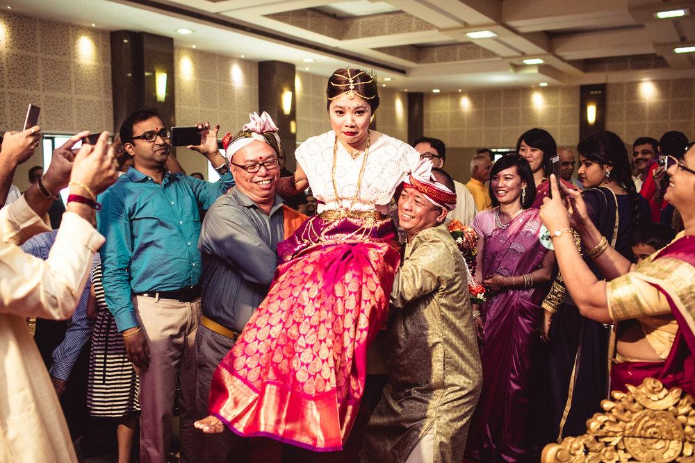 candid-photographer-gsb-wedding-mumbai-0070.jpg