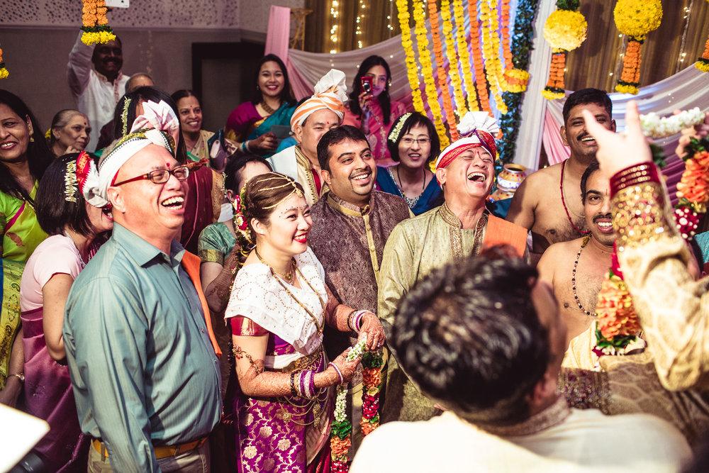 candid-photographer-gsb-wedding-mumbai-0073.jpg