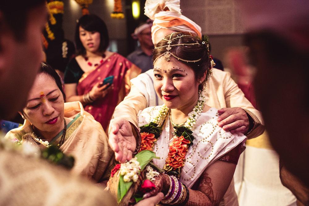 candid-photographer-gsb-wedding-mumbai-0076.jpg