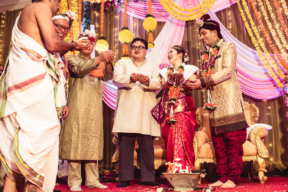 candid-photographer-gsb-wedding-mumbai-0081.jpg