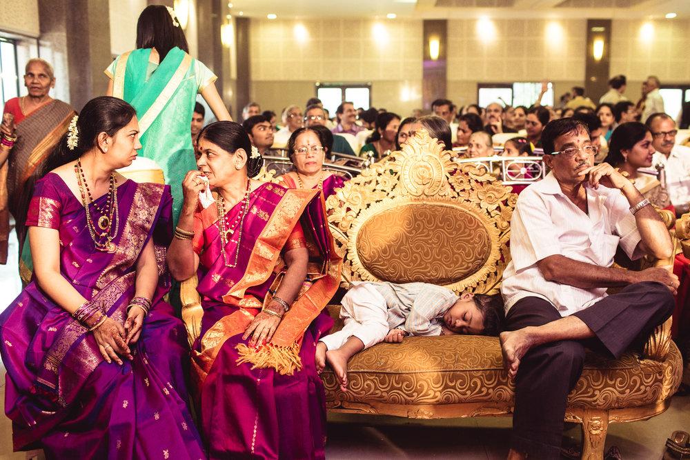 candid-photographer-gsb-wedding-mumbai-0086.jpg