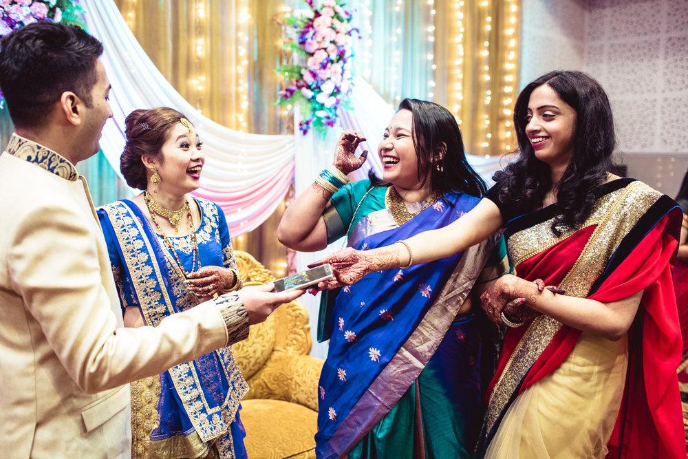 candid-photographer-gsb-wedding-mumbai-0098.jpg