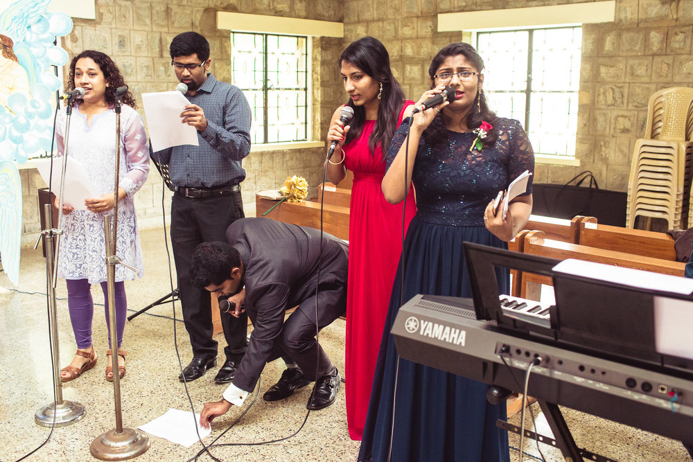 Candid-Photography-Christian-Wedding-Bangalore-0035.jpg
