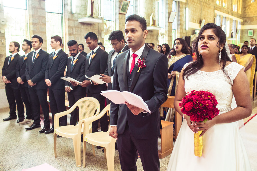 Candid-Photography-Christian-Wedding-Bangalore-0040.jpg