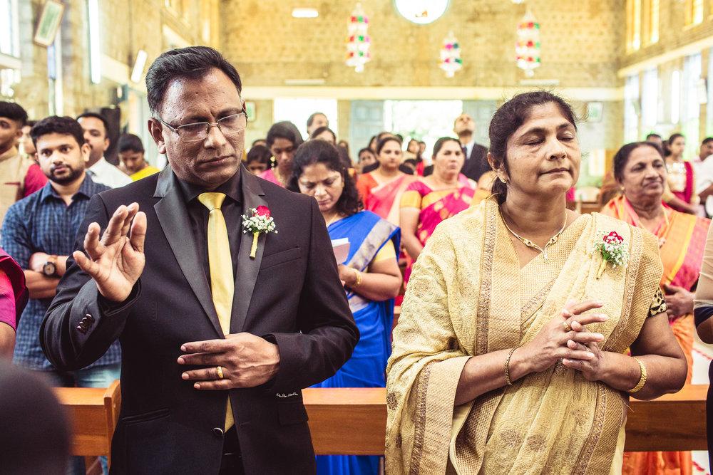 Candid-Photography-Christian-Wedding-Bangalore-0064.jpg