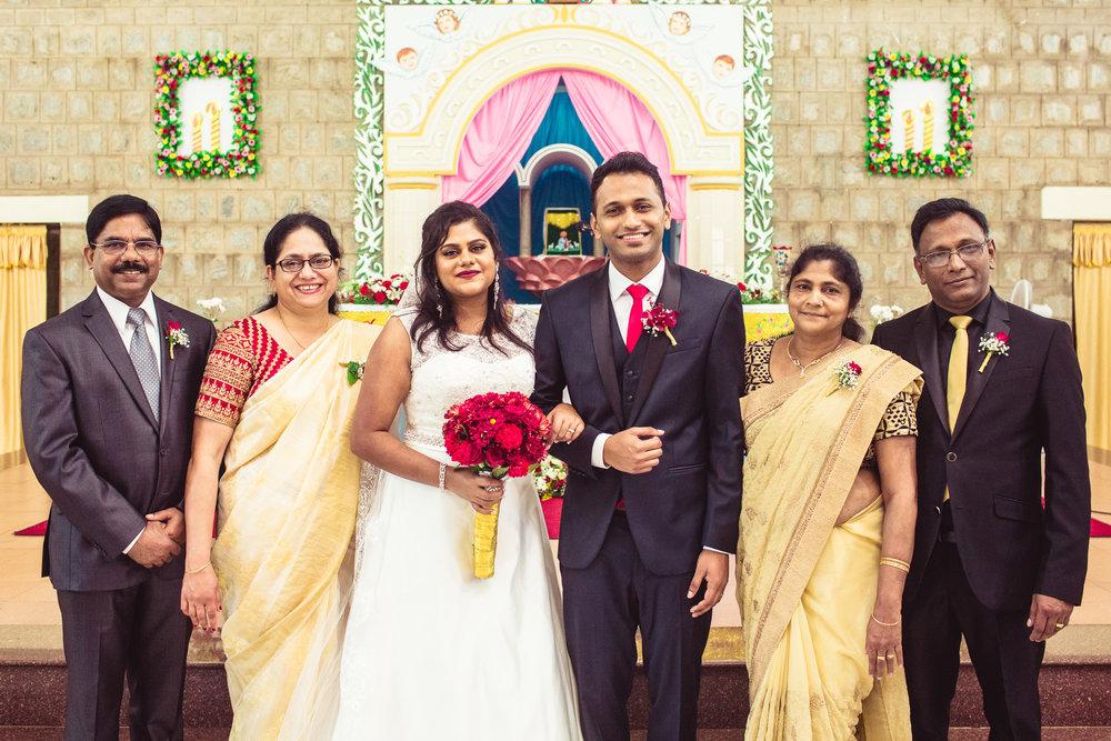 Candid-Photography-Christian-Wedding-Bangalore-0074.jpg
