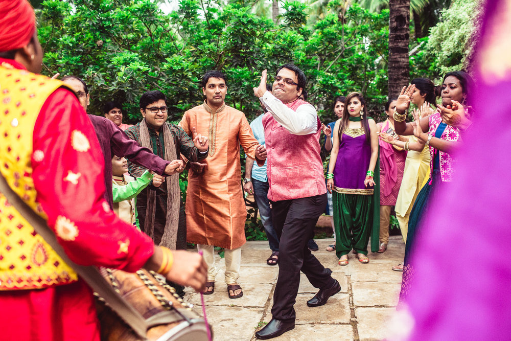 Candid-Photography-Tamil-Brahmin-Wedding-Bangalore-0008.jpg