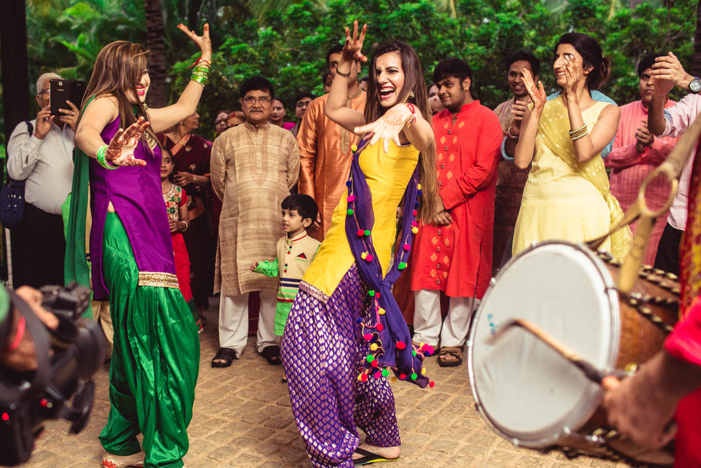 Candid-Photography-Tamil-Brahmin-Wedding-Bangalore-0009.jpg