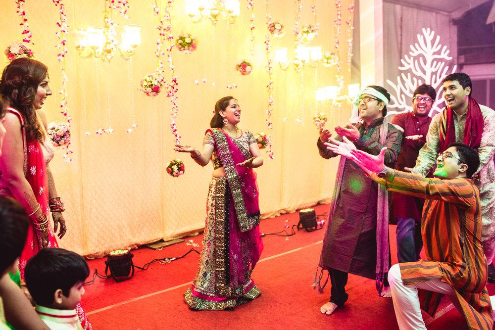 Candid-Photography-Tamil-Brahmin-Wedding-Bangalore-0027.jpg