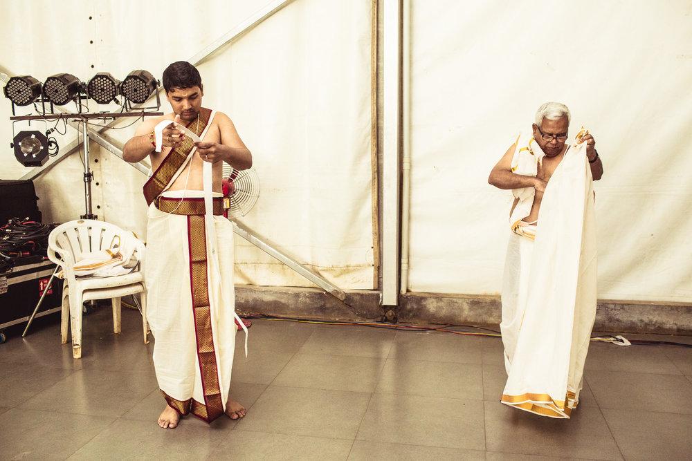 Candid-Photography-Tamil-Brahmin-Wedding-Bangalore-0045.jpg