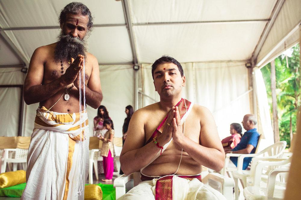 Candid-Photography-Tamil-Brahmin-Wedding-Bangalore-0049.jpg