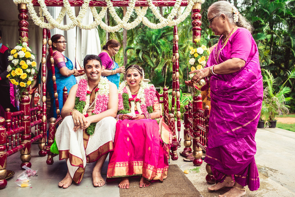 Candid-Photography-Tamil-Brahmin-Wedding-Bangalore-0065.jpg