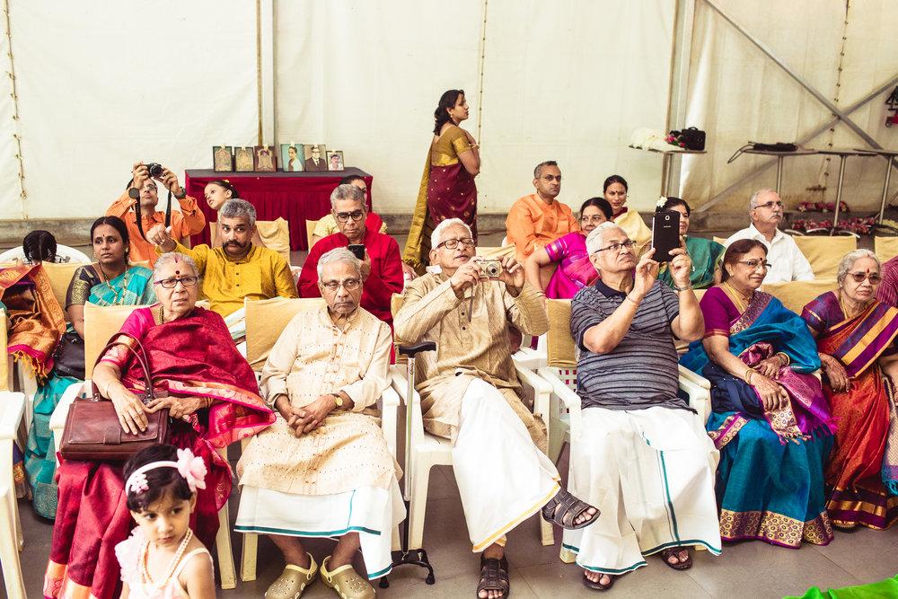 Candid-Photography-Tamil-Brahmin-Wedding-Bangalore-0067.jpg