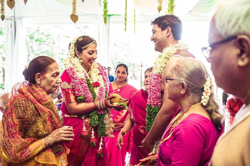 Candid-Photography-Tamil-Brahmin-Wedding-Bangalore-0069.jpg