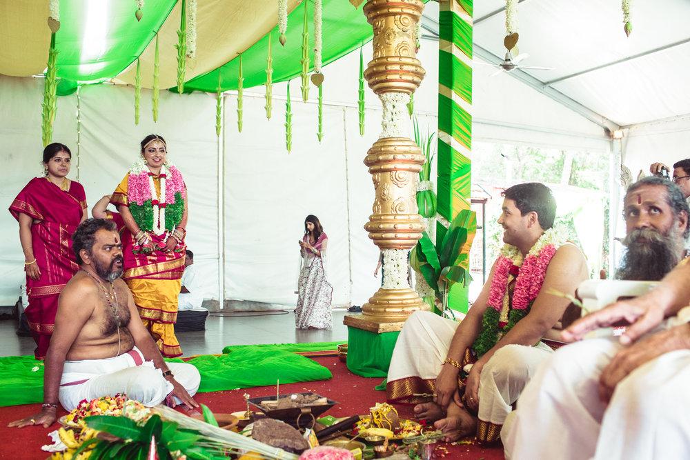 Candid-Photography-Tamil-Brahmin-Wedding-Bangalore-0075.jpg