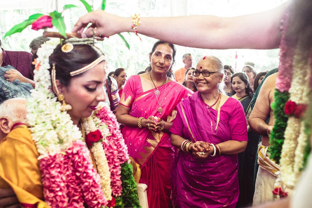 Candid-Photography-Tamil-Brahmin-Wedding-Bangalore-0077.jpg
