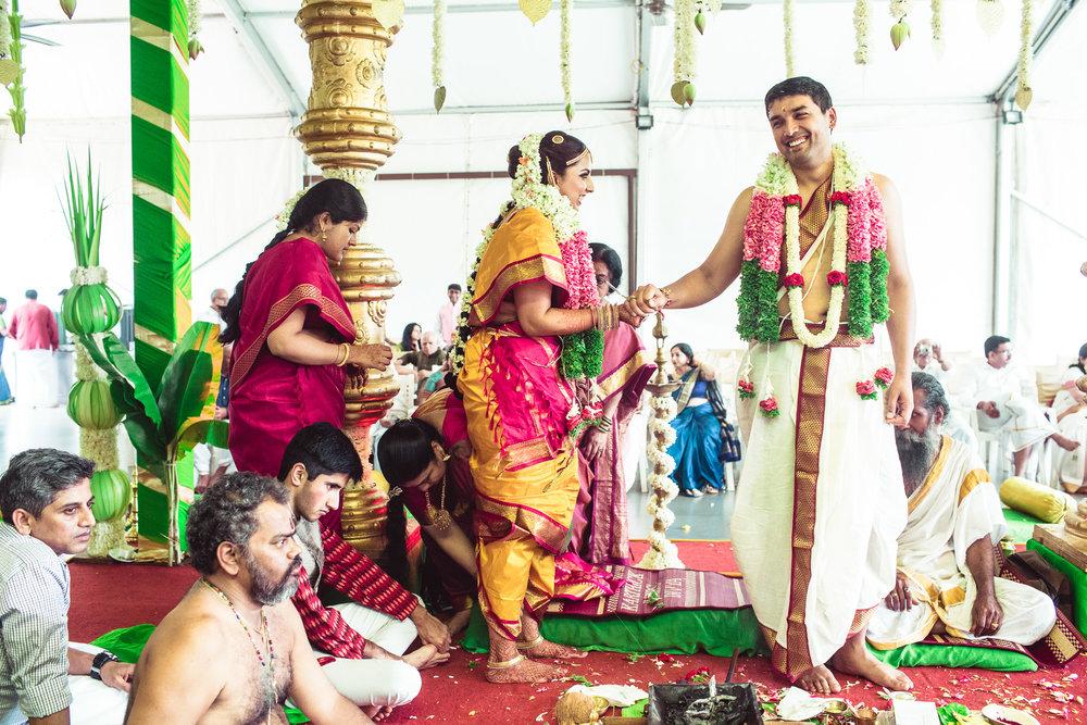 Candid-Photography-Tamil-Brahmin-Wedding-Bangalore-0083.jpg