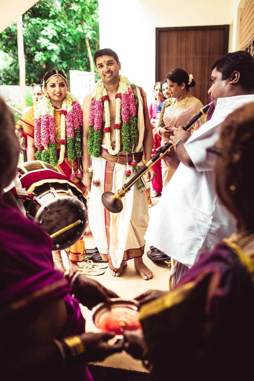 Candid-Photography-Tamil-Brahmin-Wedding-Bangalore-0093.jpg