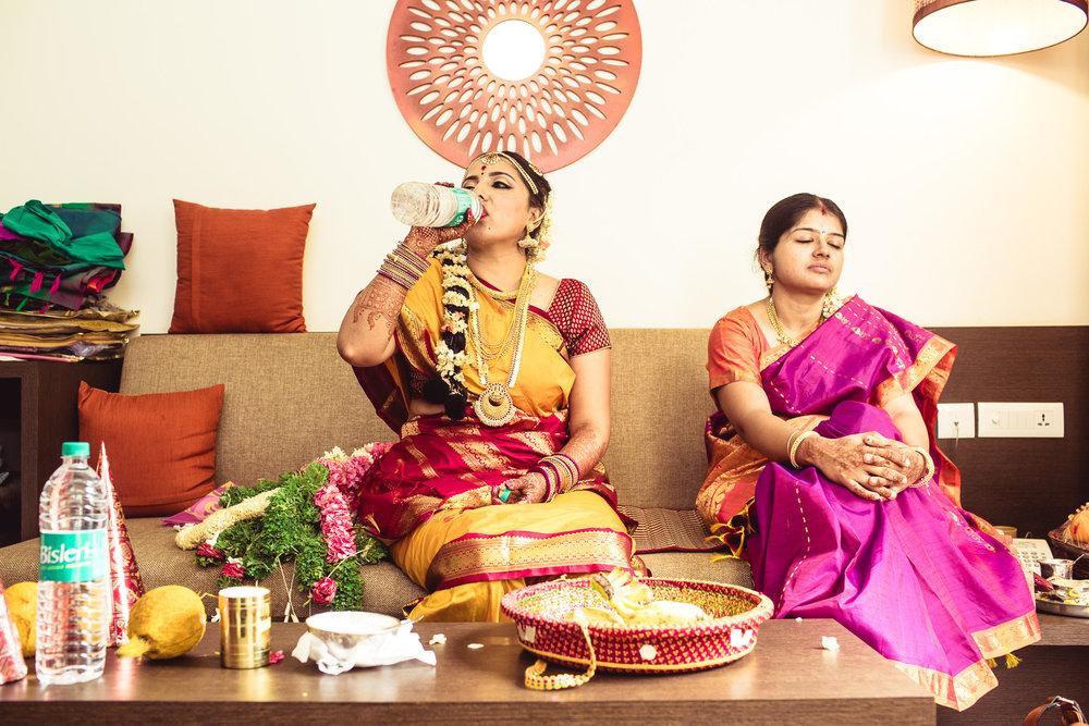 Candid-Photography-Tamil-Brahmin-Wedding-Bangalore-0096.jpg