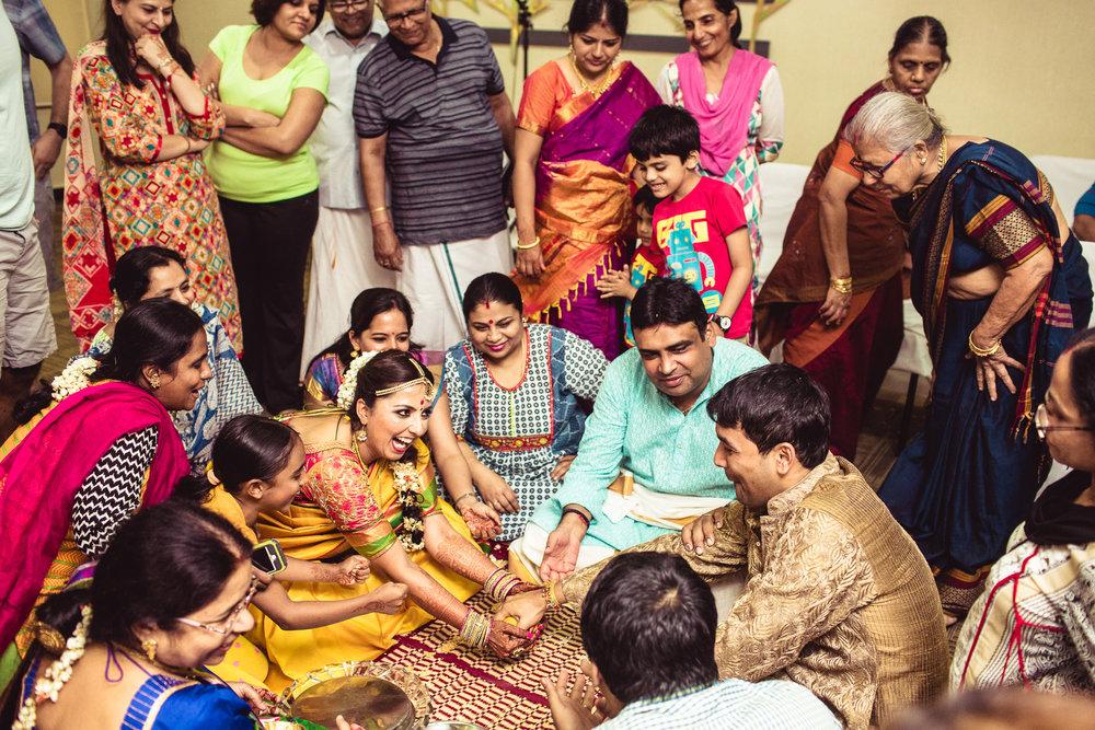Candid-Photography-Tamil-Brahmin-Wedding-Bangalore-0101.jpg