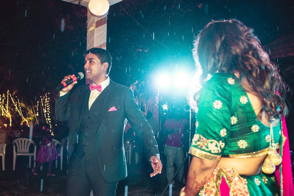 Candid-Photography-Tamil-Brahmin-Wedding-Bangalore-0106.jpg