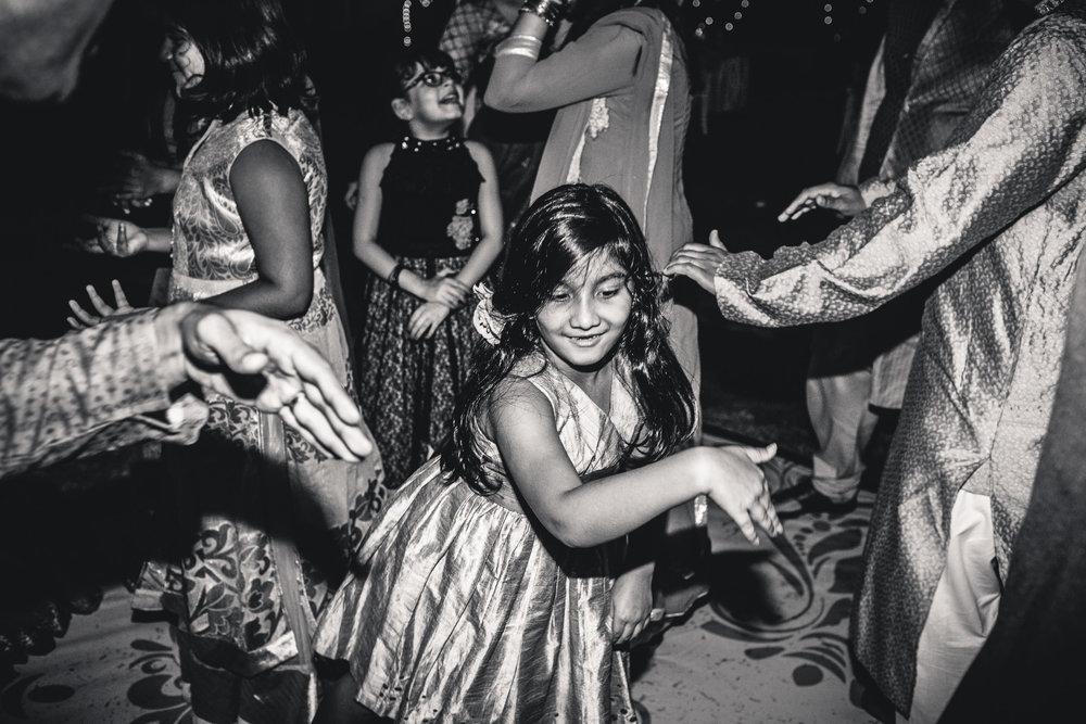 Candid-Photography-Tamil-Brahmin-Wedding-Bangalore-0111.jpg